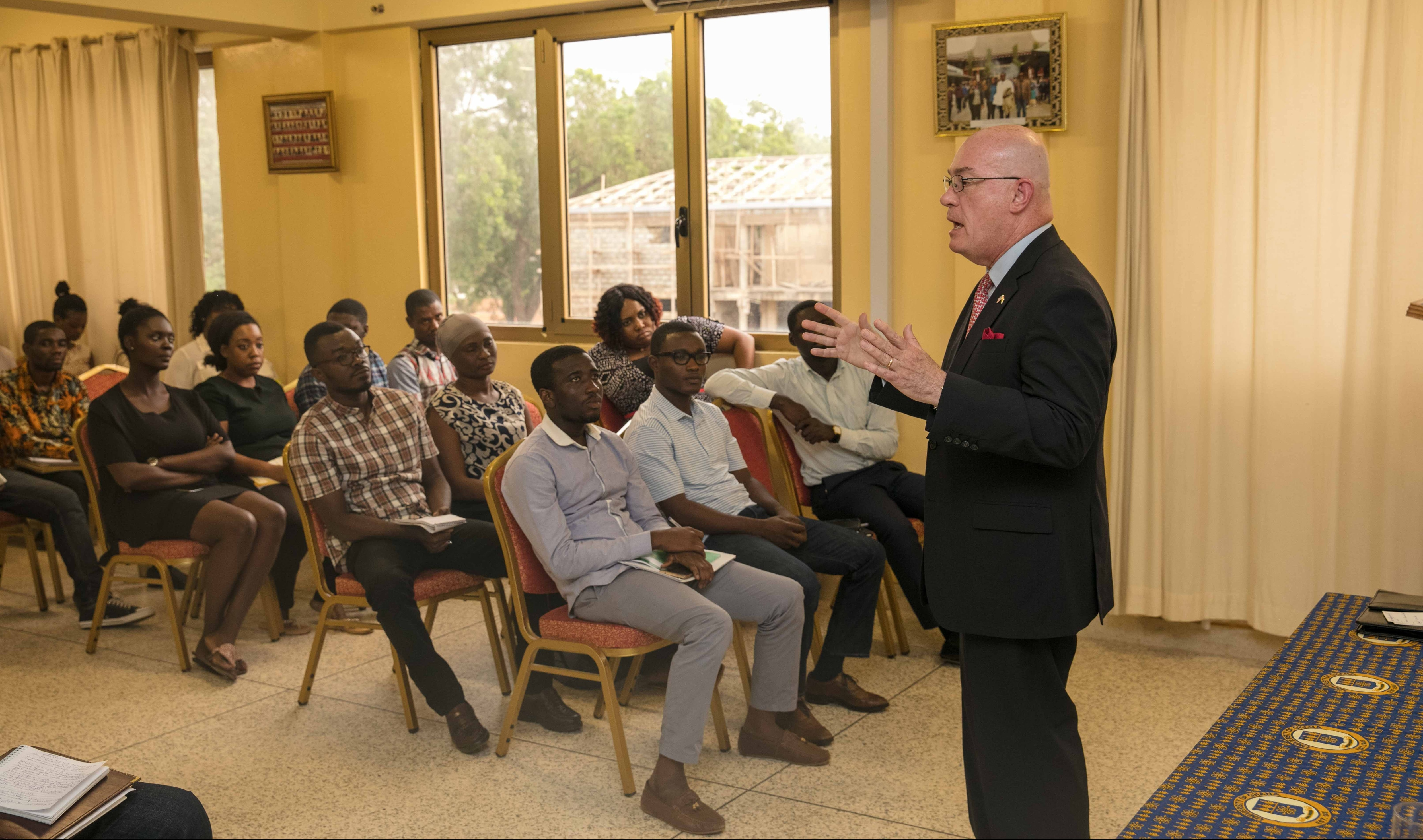 Leciad lecture u s embassy in ghana for Consul external service